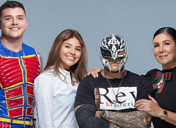 Report: Why Seth Rollins & The Mysterio Family Were Drafted To WWE SmackDown Revealed