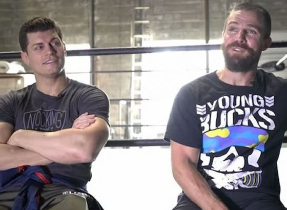 Stephen Amell Bringing His Ring Gear For AEW Dynamite: Grand Slam