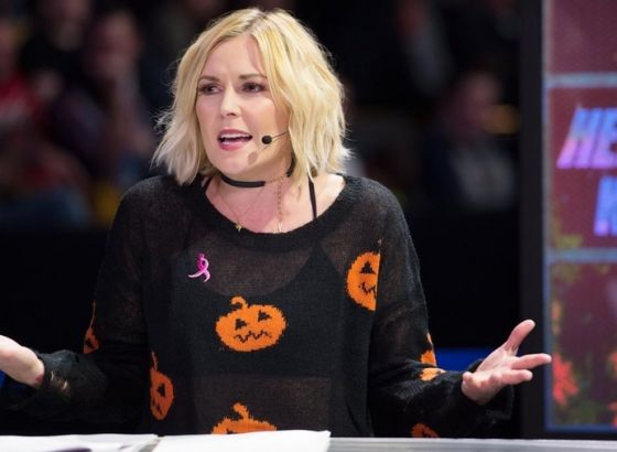 "Renee Young Feels ""Lack Of Communication"" Hindered WWE Raw Commentary"