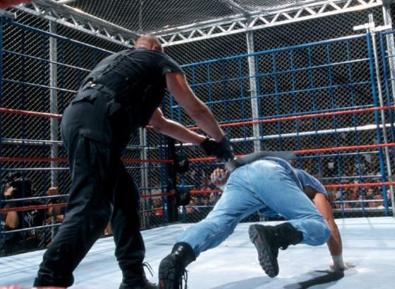 10 Biggest WWE Pay-Per-View Match Disasters