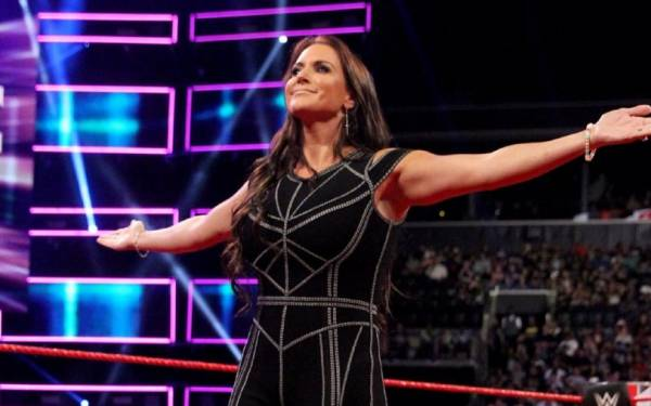 10 Most Memorable Stephanie McMahon WWE Moments